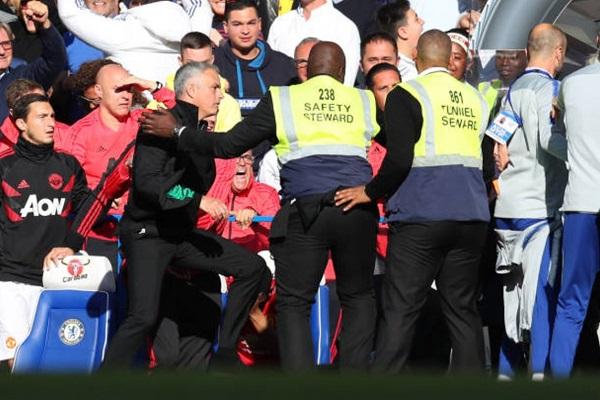 Mourinho định lao vào cuộc ẩu đả