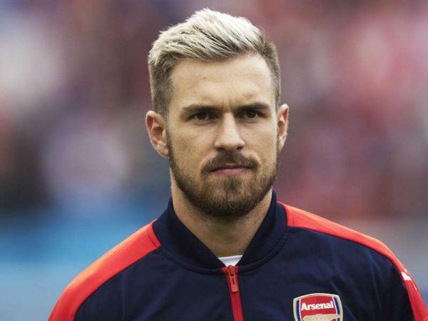 Aaron Ramsey xác nhận chính thức rời sân Emirates