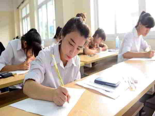 Giải mã giấc mơ thấy đi thi và con số liên quan