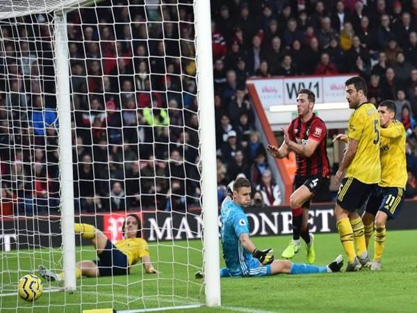 Ngày HLV Arteta ra mắt Arsenal lại bị cầm hòa