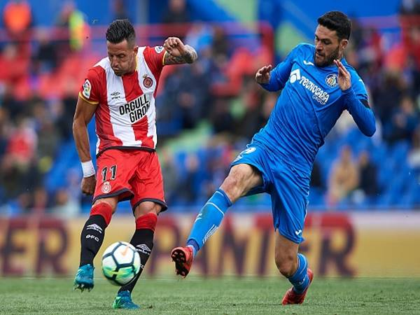 Nhận định kèo Tài Xỉu Elche vs Girona (00h30 ngày 20/6)