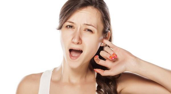 Ngứa tai trái có điềm báo gì? tốt đẹp hay điềm dữ?
