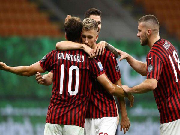 Tin bóng đá trưa 19/7: AC Milan leo lên nhóm dự cúp châu Âu