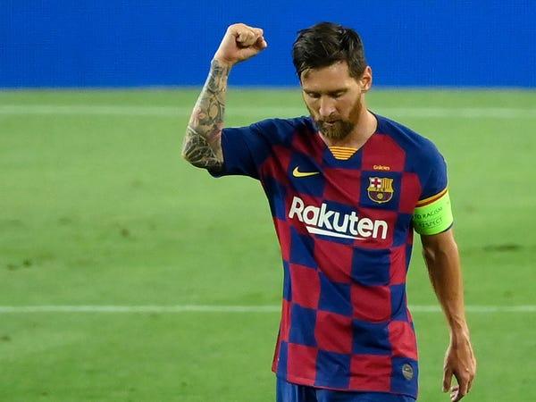 Tin bóng đá sáng 14/8: Sếp Bayern cảnh báo Messi