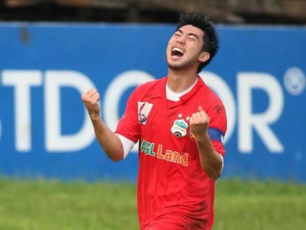Bóng đá VN 19/12: CLB TP.HCM chính thức thừa nhận đã có Lee Nguyễn