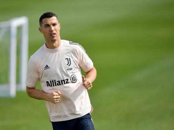 Ronaldo là ai? Tóm tắt những thông tin cơ bản về Ronaldo
