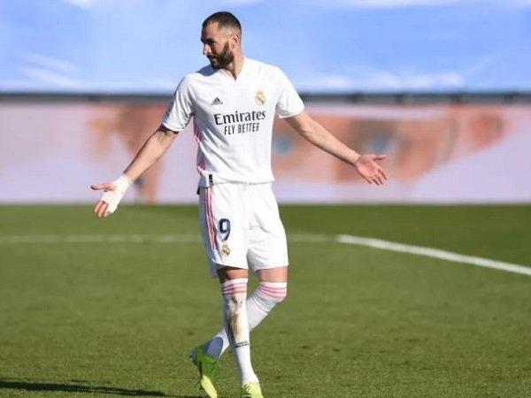 Tin bóng đá sáng 16/3: Benzema sẵn sàng đàm phán gia hạn