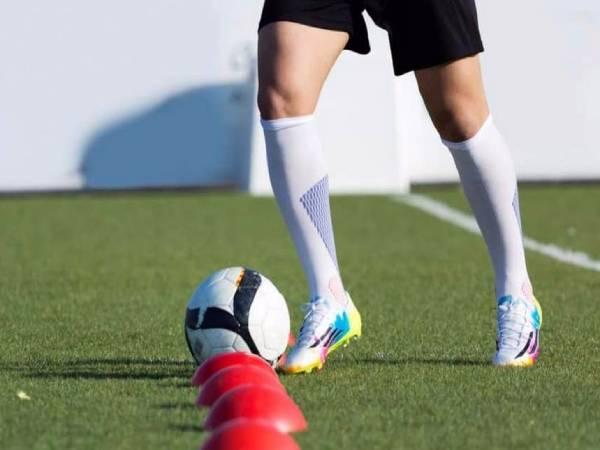 Căng cơ trong bóng đá tìm hiểu nguyên nhân và cách chữa