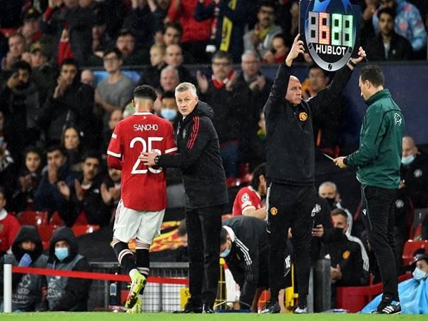Bóng đá Anh sáng 1/10: Sancho may mắn được gọi vào tuyển Anh