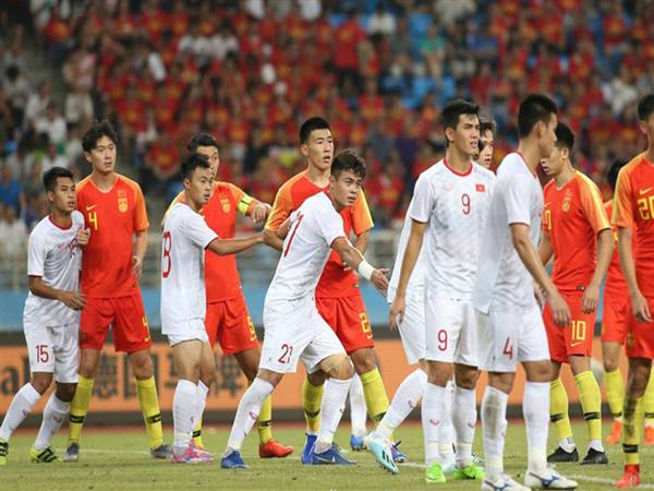 Bóng đá VN 1/10: AFC đổi giờ bóng lăn trận Việt Nam- Trung Quốc